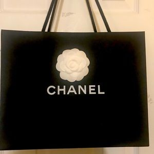 Authentic Chanel Tweed Wallet on Chain